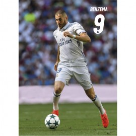 Postal Real Madrid 2016/2017 Benzema Accion