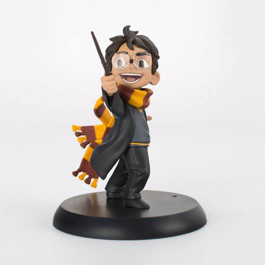 FIGURA QFIG HARRY POTTER HARRYS FIRST SPELL