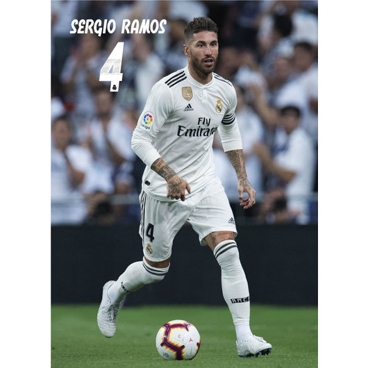 POSTAL REAL MADRID 2018/2019 SERGIO RAMOS ACCION