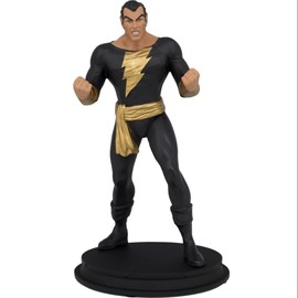FIGURA DC BLACK ADAM