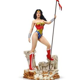FIGURA DC COMICS WONDER WOMAN GRAND JESTER FIGURINE