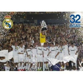 Postcards Real Madrid Jugadores Alzando Copa